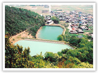 成井地区のため池(加古川市志方町)